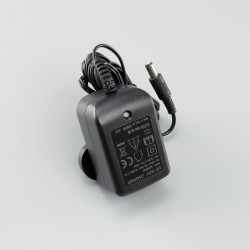 RhinoFire 12V Battery Charger